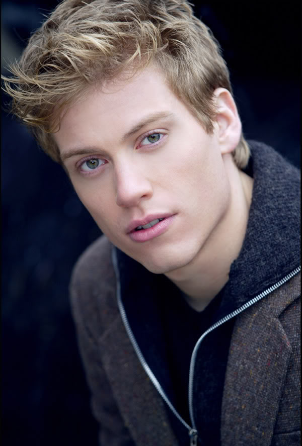 Barrett Foa Headshot2007