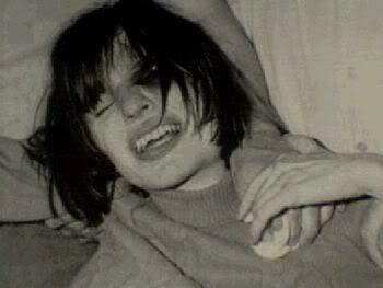 el exorcismo de Anneliese Michel  mas conocida como Emily Rose . Exorcismo1