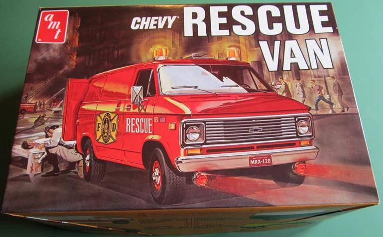 "AMT ""Chevy Rescue Van"" in 1:25 IMG_6704_zps64171d00"