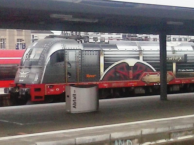 Was die Züge so bewegt ... - Seite 5 Lok2_zps3emwxzpo