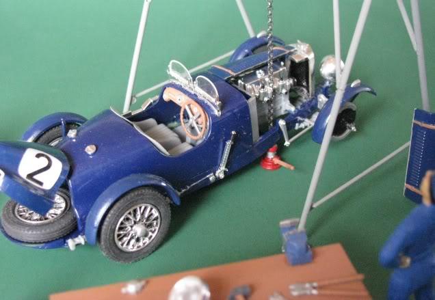 Bugatti (Bj:  ?) Maßstab 1:43 Bugatti04