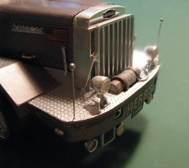 Gessy's Autocar Wrecker Front02