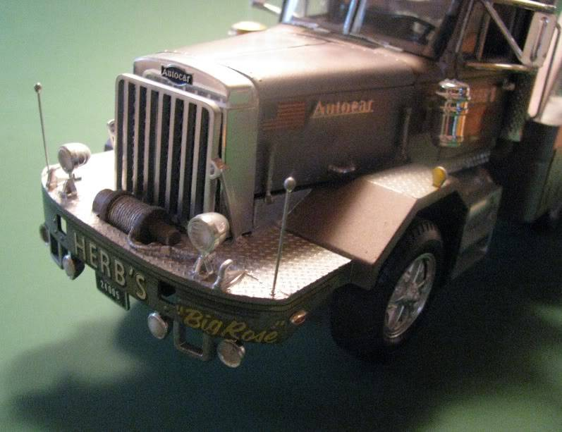 Gessy's Autocar Wrecker Front03