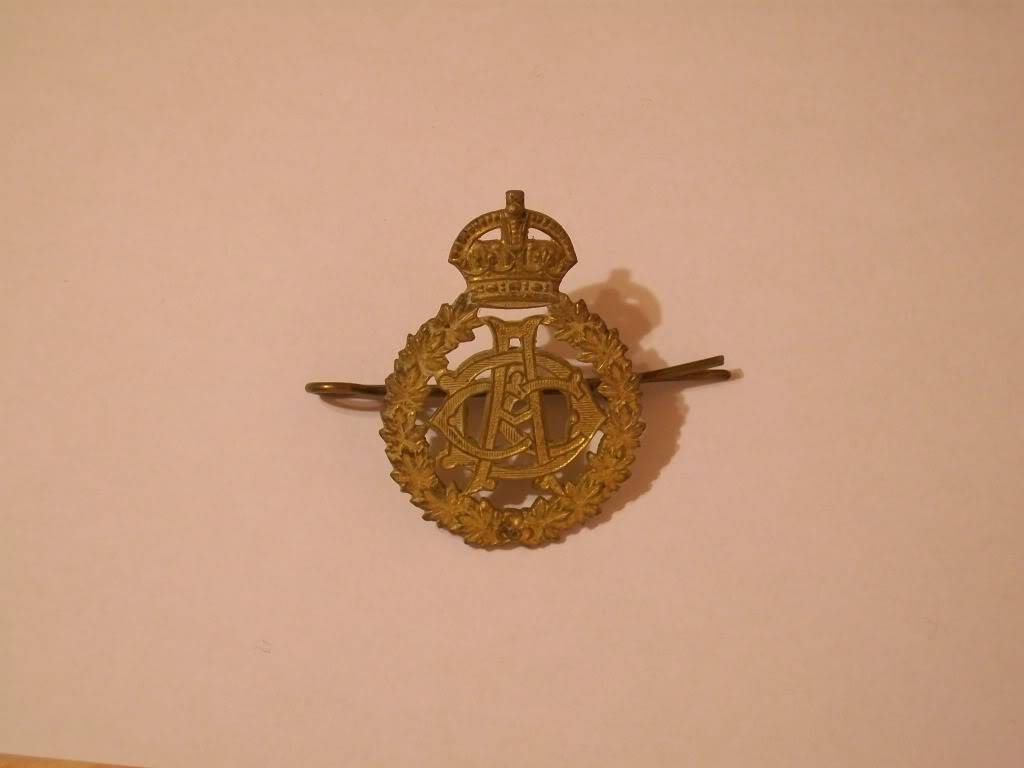 Need help to ID badge collection. 100_2900