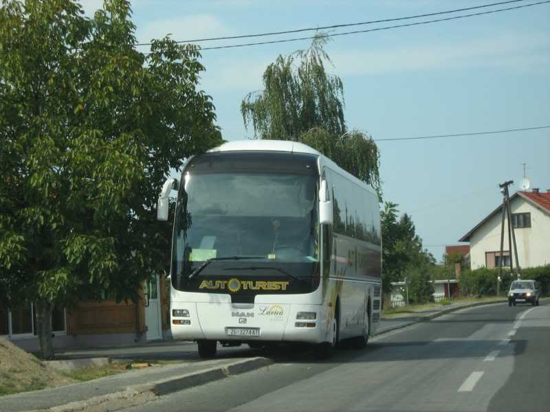Samoborček i Autoturist Nrn1