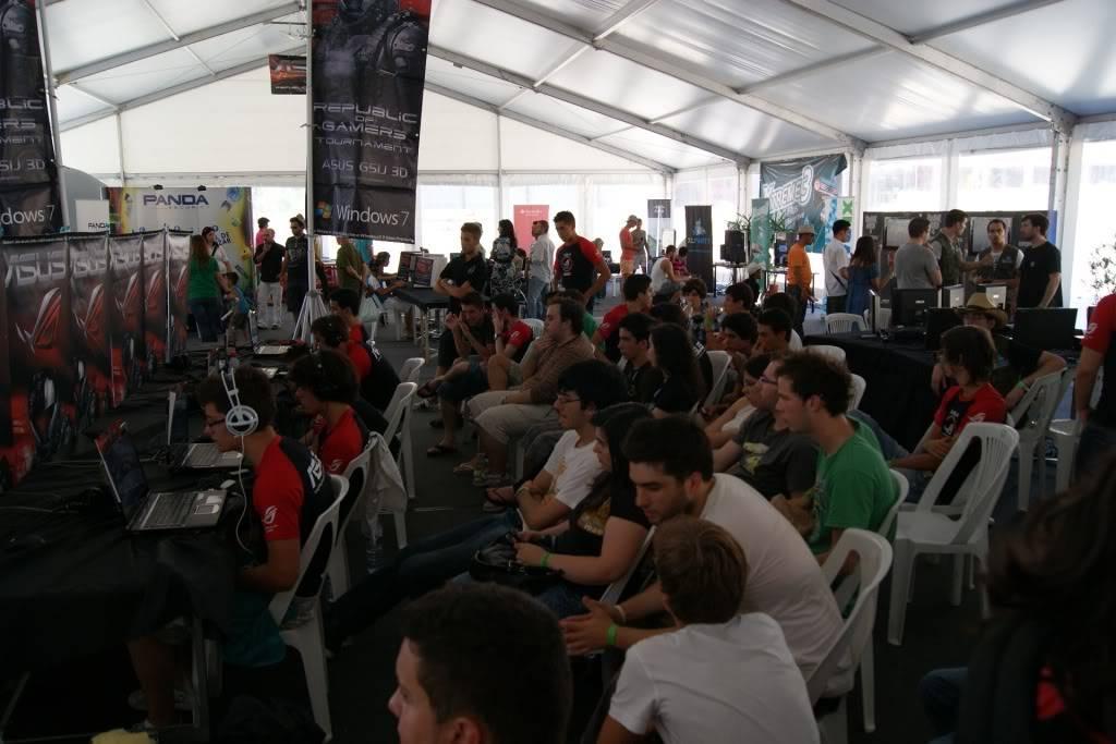 """XLPARTY MAIA 2010 - Portugal """"Simulador de Voo!!"""" 0054"""