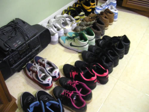 My Bag.. My Wallet.. My Laptop & Sneakers Picture462