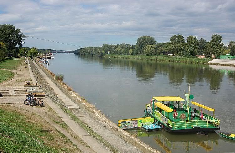 Valja nama preko rijeke... 0254-078