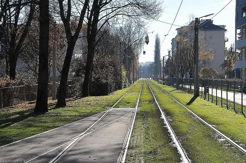 Holding Graz Linien ili Tramvaji u Grazu 307-072