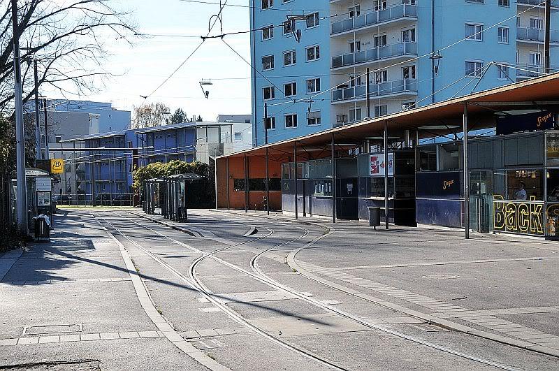 Holding Graz Linien ili Tramvaji u Grazu 307-075