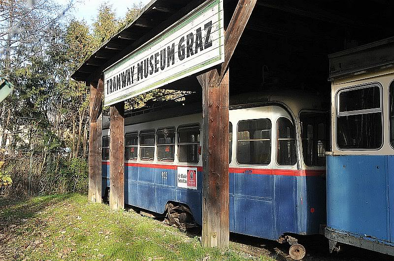 Holding Graz Linien ili Tramvaji u Grazu 307-104