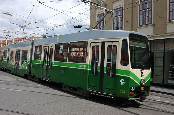 Holding Graz Linien ili Tramvaji u Grazu 720Graz3d-1