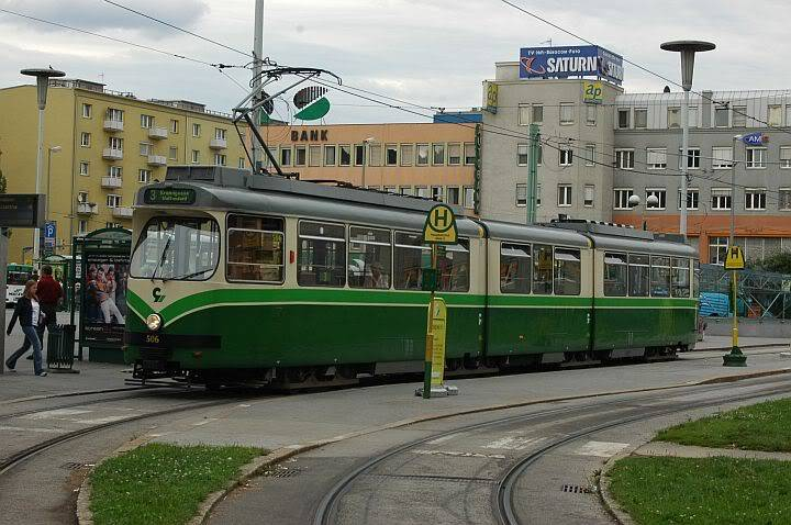 Holding Graz Linien ili Tramvaji u Grazu 720GrazDwag3d-1