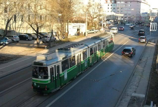 Holding Graz Linien ili Tramvaji u Grazu Dwag2Gkolodvor