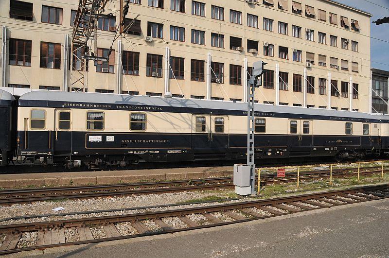 Turistički,izletnički vlakovi 338-004_zps672a750b