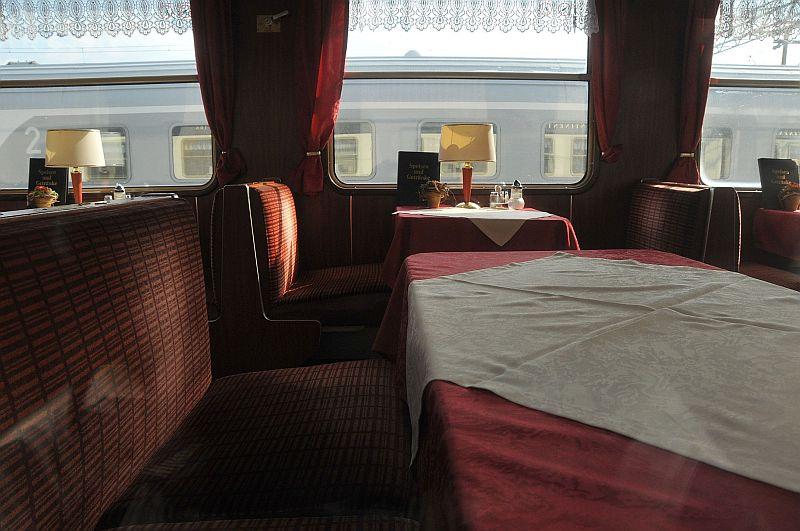 Turistički,izletnički vlakovi 338-017_zps88025083