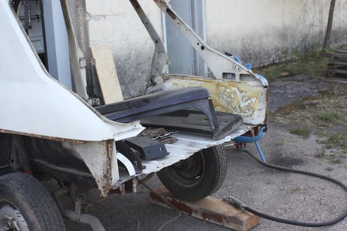 La restauration de ma Simca 1100 GLS IMG_7907_zpsj89cr93o
