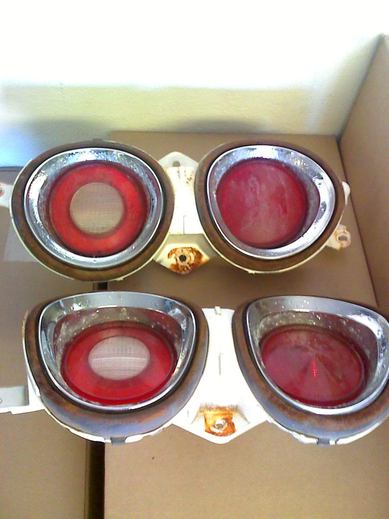 Tail lights 1219703884