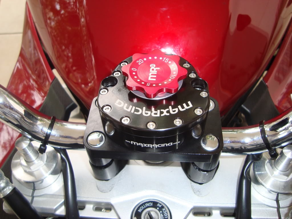 Bandit 650 S com amortecedor de direção - Página 2 DSC04253