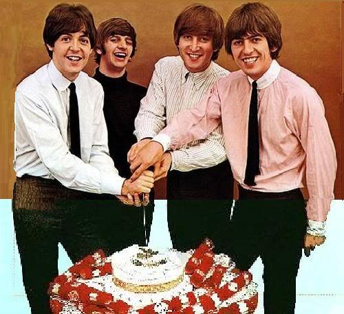 joyeuse anniv !!!!!!!!!!!!!!! BeatlesBirthday-1