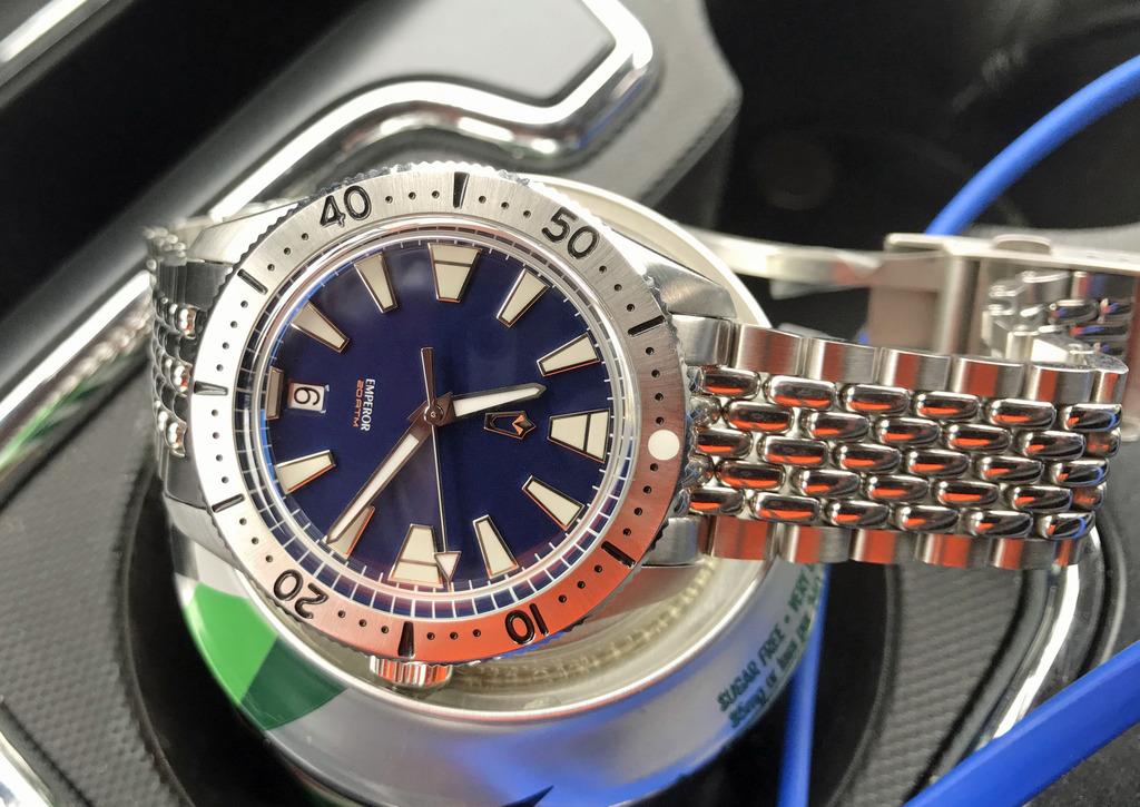 2017 WUS F71 Project watch, 'Emperor' IMG_0654a_zpsgqzsjxkf