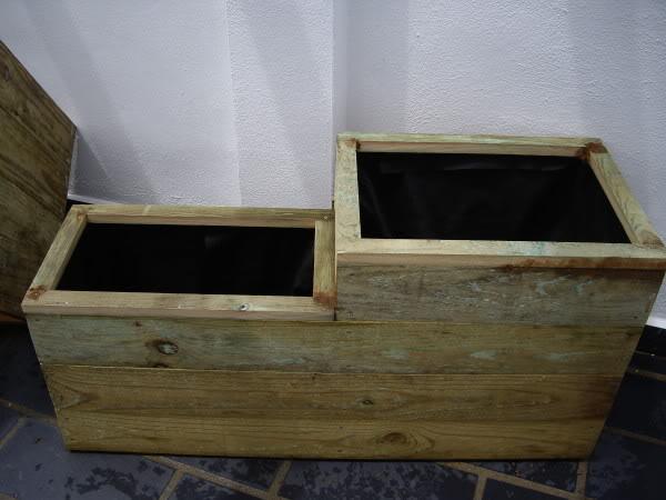 Jardineras de madera. IMGP1182
