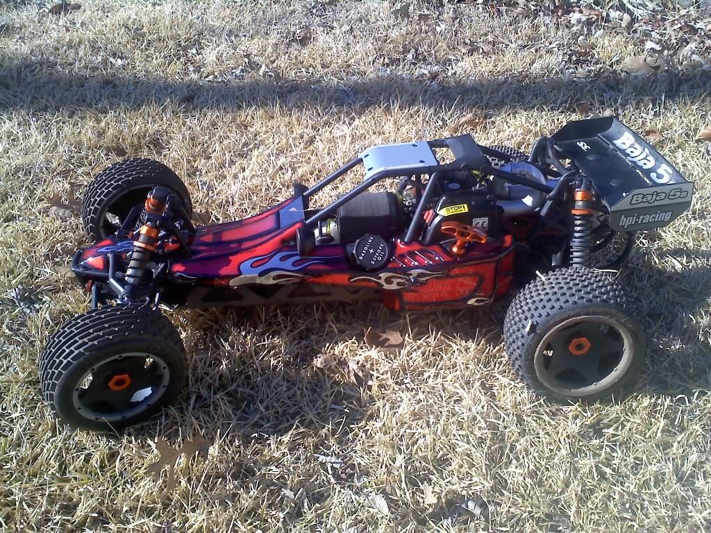 my baja 5Bss and the custom paint i laid on it :D 0128011018