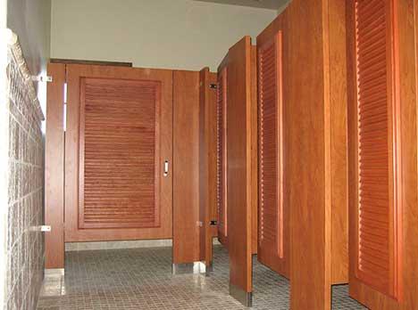 Vách ngăn vệ sinh đảm bảo an toàn không gian xung quanh Vach%20ngan%20ve%20sinh%2013_zpsuxahxfn6
