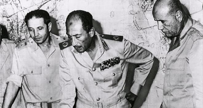 حرب السادس من اكتوبر .. يوم الكرامه .. ملف كامل Sadat1022_main_1