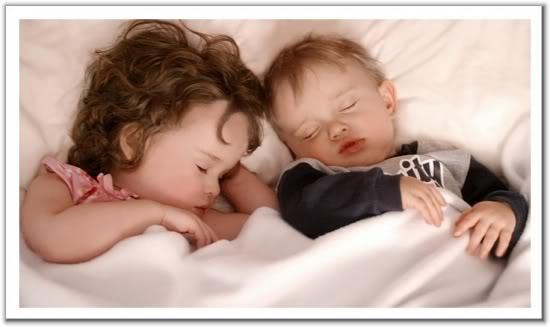 صور جميلة .............يا سلام عى البراءة W6w20050414224500326c4d481