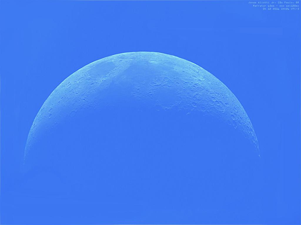 Lua - a luz do dia - daylight moon 20161204_14h26_65mmfiltrPolariz_24percIlumin