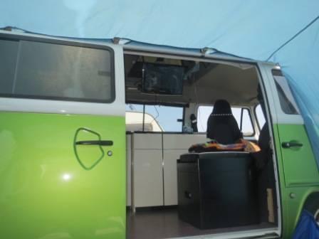 Who's got a TV in their van? - Page 2 IMG_0533_zps3b17d69c