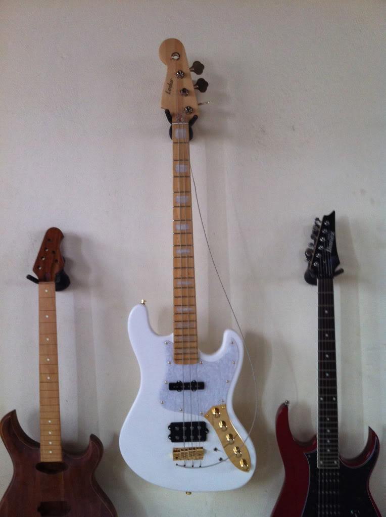 Mostre o mais belo Jazz Bass que você já viu - Página 6 IMG_0168