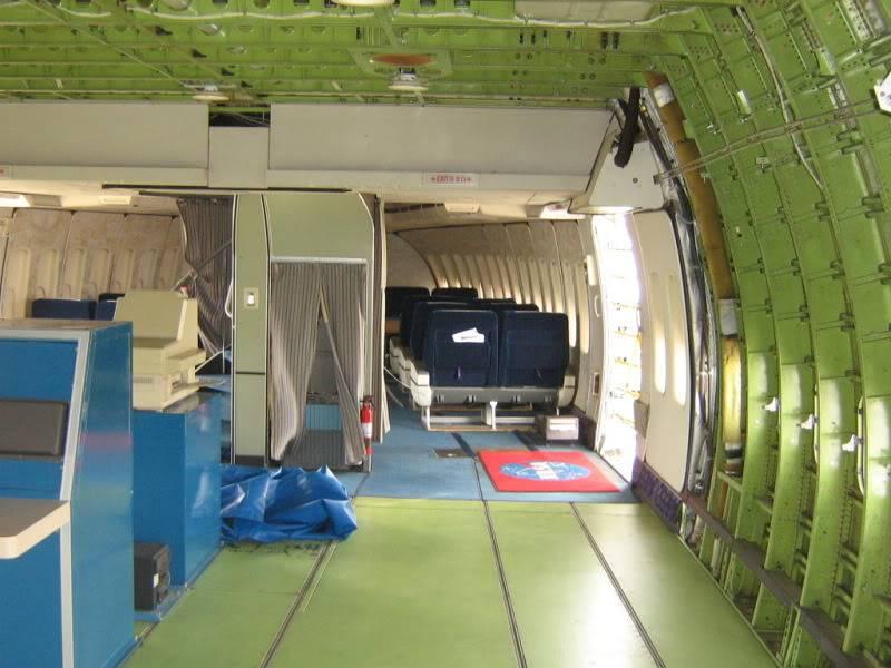 Recherche images intérieur des 747 SCA IMG_2771