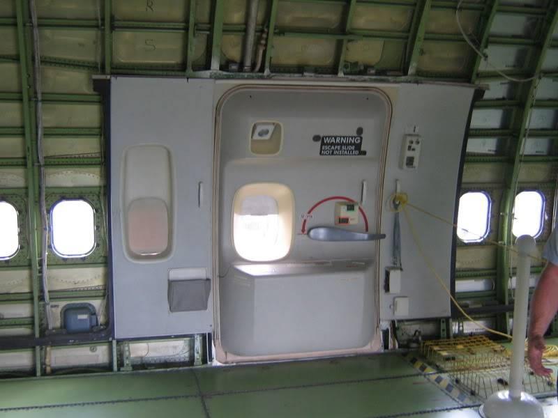 Recherche images intérieur des 747 SCA IMG_2773