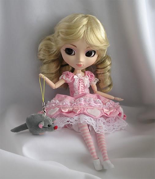 PULLIP Hello Kitty — октябрь 2007 - Страница 2 Kathie4