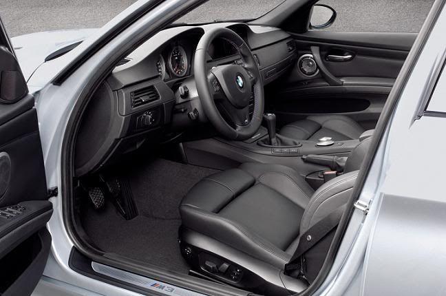 BMW M3 2008_BMW_M3_Sedan2