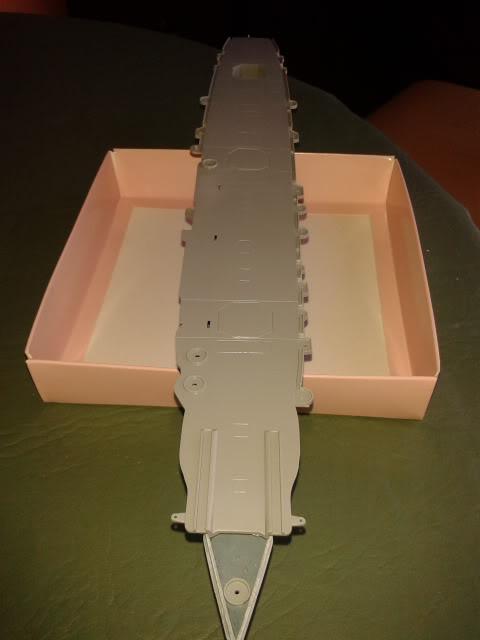 Portaaviones Graf Zeppelin de Revell 1:720 - Página 2 2012-08-12123611