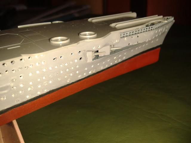 Portaaviones Graf Zeppelin de Revell 1:720 - Página 2 2012-08-12123751