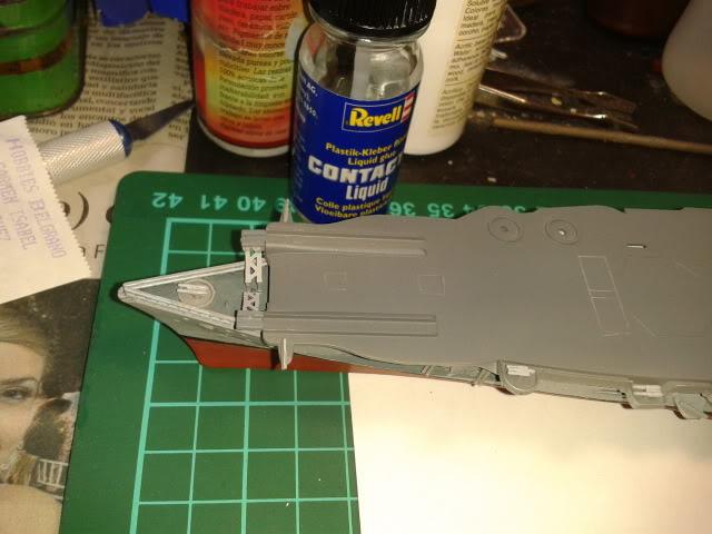 Portaaviones Graf Zeppelin de Revell 1:720 - Página 2 2012-08-18094847