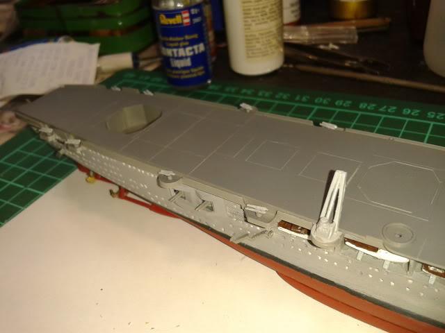 Portaaviones Graf Zeppelin de Revell 1:720 - Página 2 2012-08-18095008