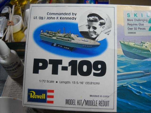 Torpedera PT 109 Revell 1/72 DSCN0457_zps5204415b