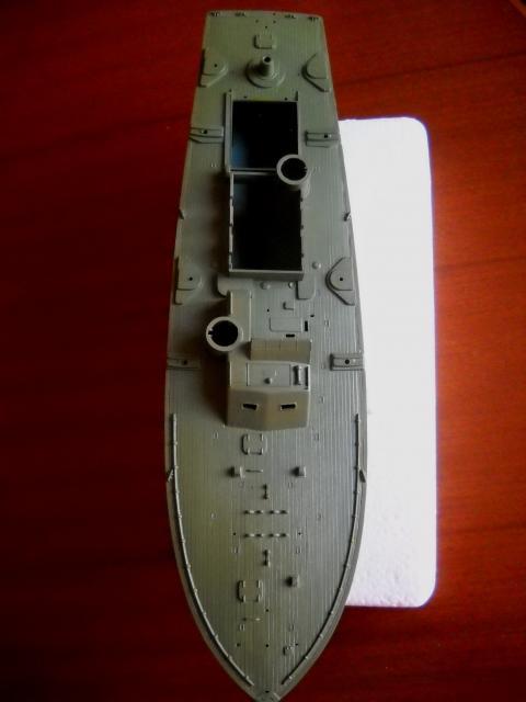 Torpedera PT 109 Revell 1/72 DSCN0480_zpsed59da1c