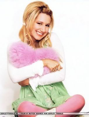 Ashley Tisdale Ashley_tisdale_1174927279