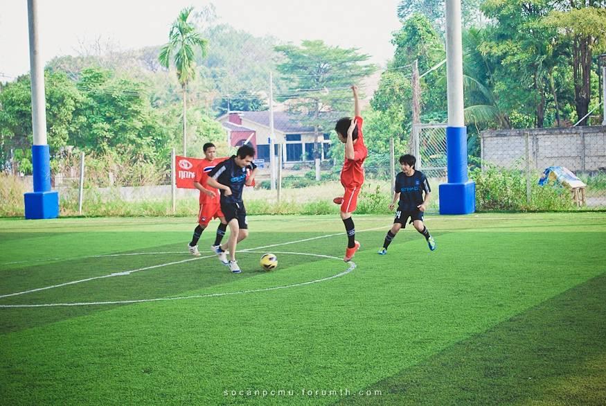 ฟุตบอล 4 ชั้นปี soc-anp'55 Ball55_011