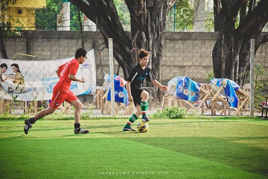ฟุตบอล 4 ชั้นปี soc-anp'55 Ball55_016