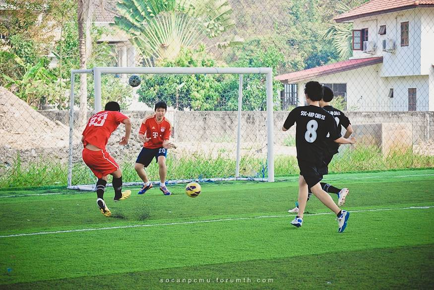 ฟุตบอล 4 ชั้นปี soc-anp'55 Ball55_020