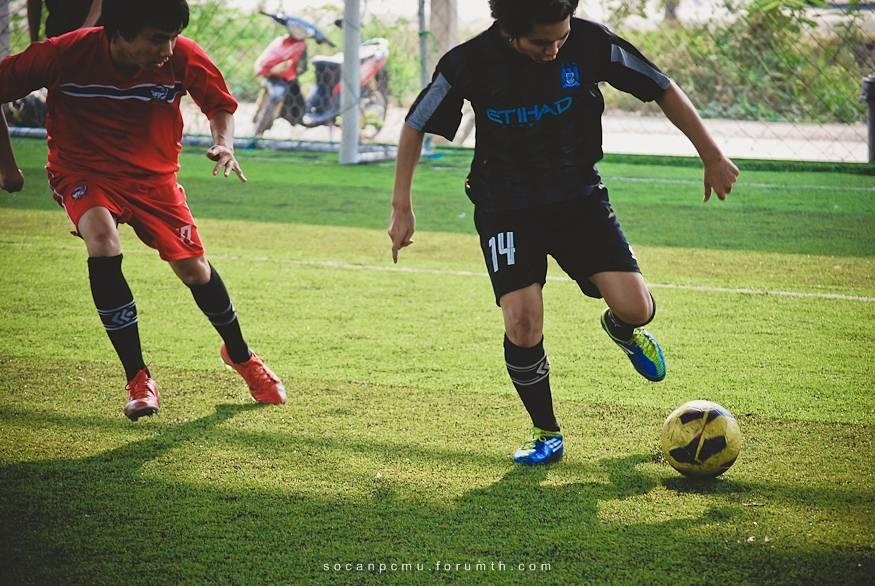 ฟุตบอล 4 ชั้นปี soc-anp'55 Ball55_034