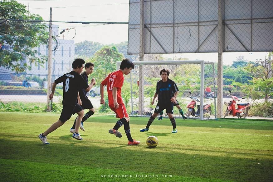 ฟุตบอล 4 ชั้นปี soc-anp'55 Ball55_047