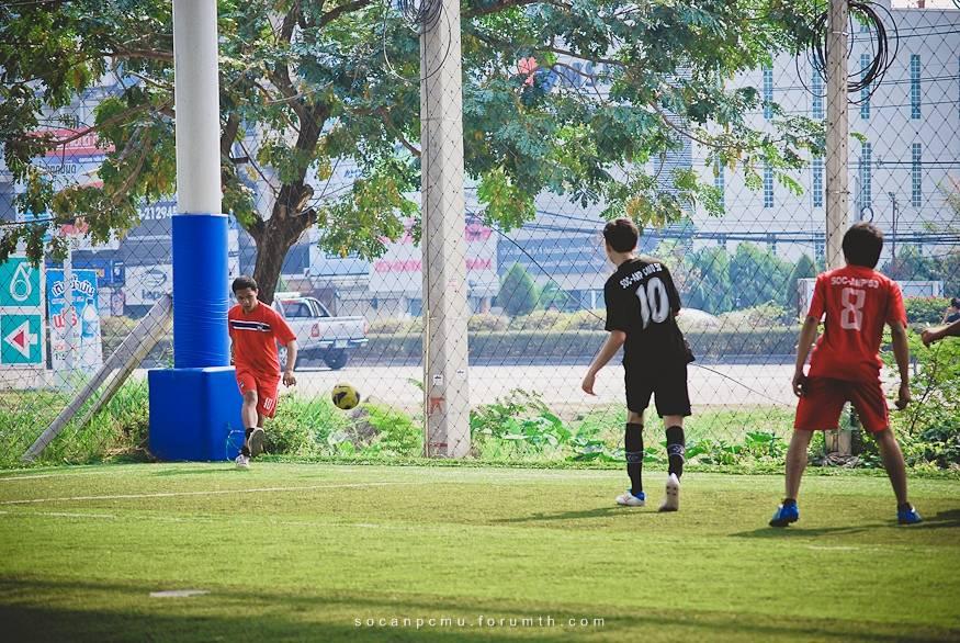 ฟุตบอล 4 ชั้นปี soc-anp'55 Ball55_050